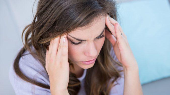 enseden gelen baş ve göz ağrısı sebepleri
