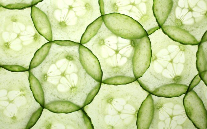 salatalık tedavisi göz altı morluğu