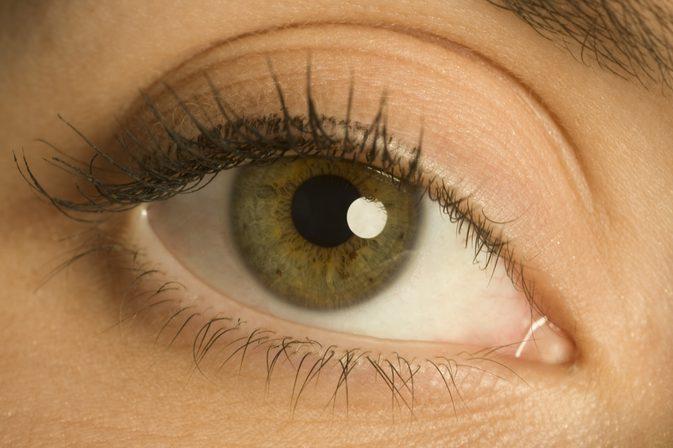 göz kapağı şişliği sebepleri